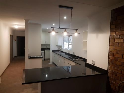 Kitchen renovation in Faerie Glen Pretoria East10